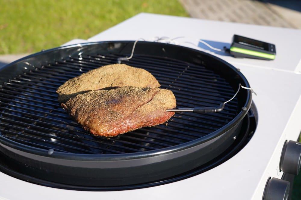 Das Tafelspitz-Pastrami wir mit dem Outdoorchef Gourmet Check Pro überwacht tafelspitz-pastrami-Tafelspitz Pastrami 08-Tafelspitz-Pastrami