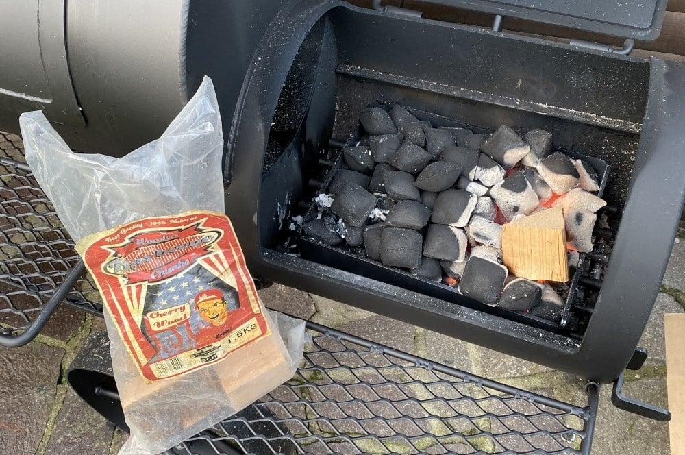 Räucherholz-Chunks für das Raucharoma joe's barbeque smoker-Joes BBQ Smoker 16 Reverse Flow 25-Joe's Barbeque Smoker 16″ Reverse Flow im Test