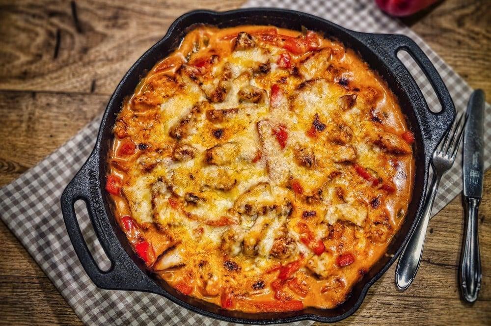 Paprika-Hähnchenpfanne vom Grill paprika-hähnchenpfanne-Paprika Haehnchenpfanne 04-Paprika-Hähnchenpfanne – Schnelles und einfaches Rezept