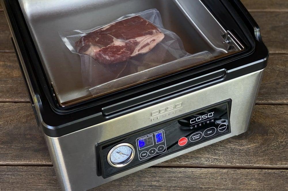 Vakuumieren von Steaks mit dem CASO VacuChef 70 caso vacuchef 70-CASO VacuChef 70 Kammervakuumierer Test 04-CASO VacuChef 70 Profi-Kammervakuumierer im Test