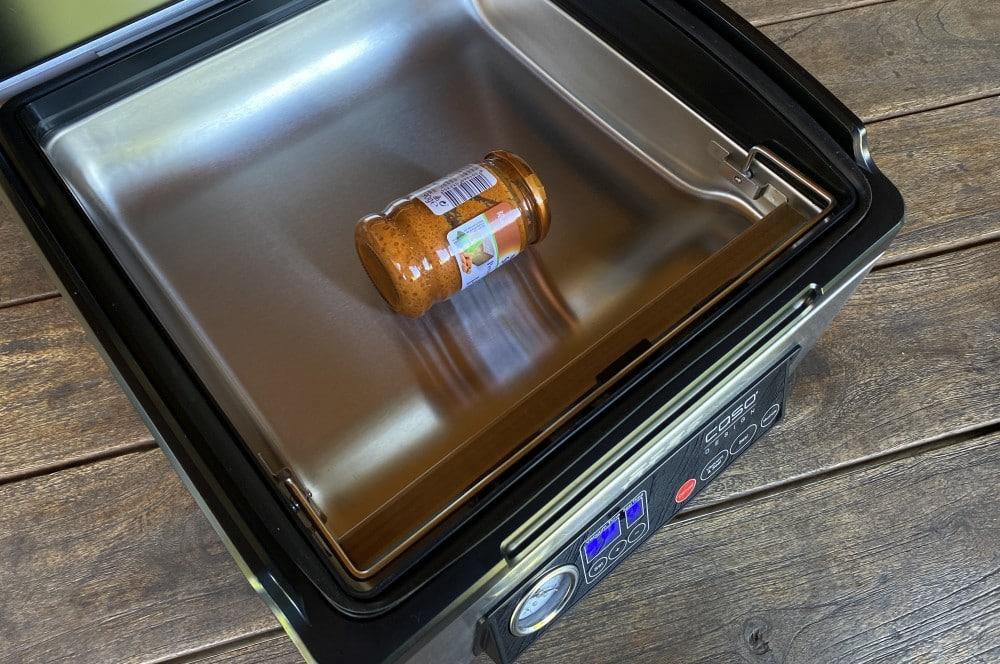Auch Gläser können vakuumiert werden caso vacuchef 70-CASO VacuChef 70 Kammervakuumierer Test 06-CASO VacuChef 70 Profi-Kammervakuumierer im Test