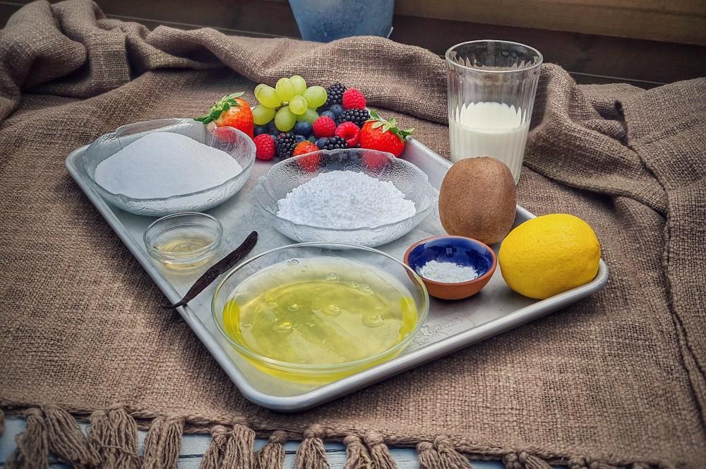 Alle Zutaten für Pavlova auf einen Blick pavlova-Pavlova 01-Pavlova mit frischen Beeren pavlova-Pavlova 01-Pavlova mit frischen Beeren
