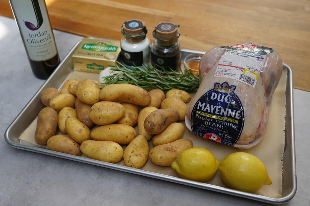 Alle Zutaten für das Zitronen-Knoblauch-Hähnchen auf einen Blick zitronen-knoblauch-hähnchen-Zitronen Knoblauch Haehnchen 01-Zitronen-Knoblauch-Hähnchen vom Drehspieß
