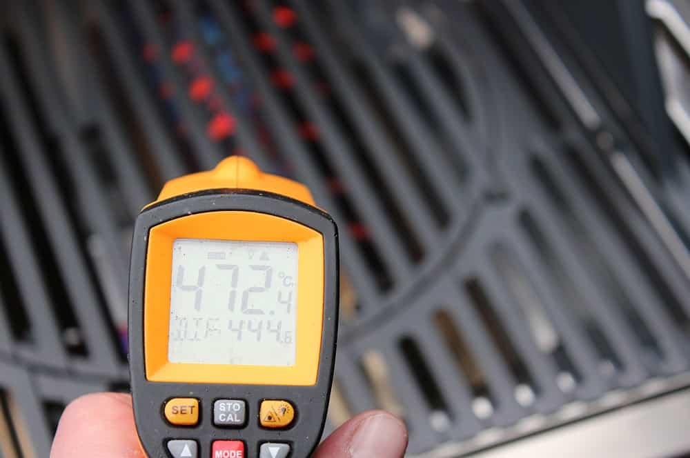 Die Temperatur am Rost beträgt deutlich über 400°C enders monroe pro 3 sik turbo-Enders Monroe Pro 3SIK Turbo Test 09-Enders Monroe Pro 3 SIK Turbo Gasgrill im Test