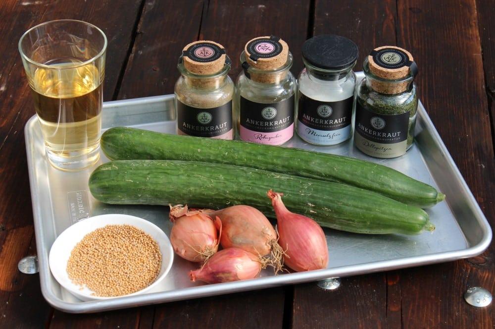 Alle Zutaten für das Gurken-Relish auf einen Blick gurken-relish-Gurken Relish 01-Gurken-Relish selber machen