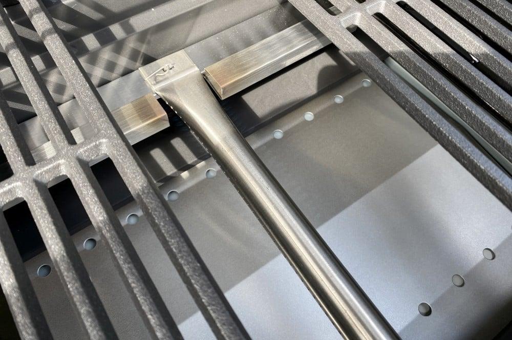 Edelstahlrohrbenner mit 3,3 kW Leistung tenneker carbon-Tenneker Carbon Gasgrill 3 Brenner Test 12-Tenneker Carbon 3-Brenner Gasgrill im Test