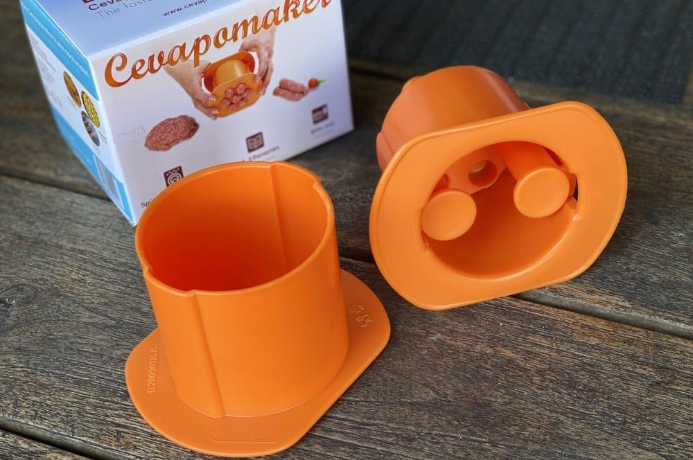 Der Cevapomaker besteht aus drei Teilen cevapomaker-Cevapomaker Cevapcici Presse Test 03-Cevapomaker Cevapcici-Presse im BBQPit-Test