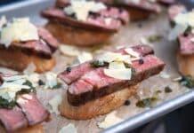 Steak-Crostini