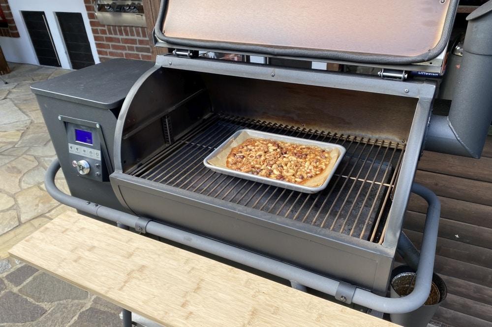Die Nüsse werden bei 200°C karamellisiert karamellisierte nüsse-Karamellisierte Bier Nuesse 04-Karamellisierte Nüsse mit Bier & Bacon