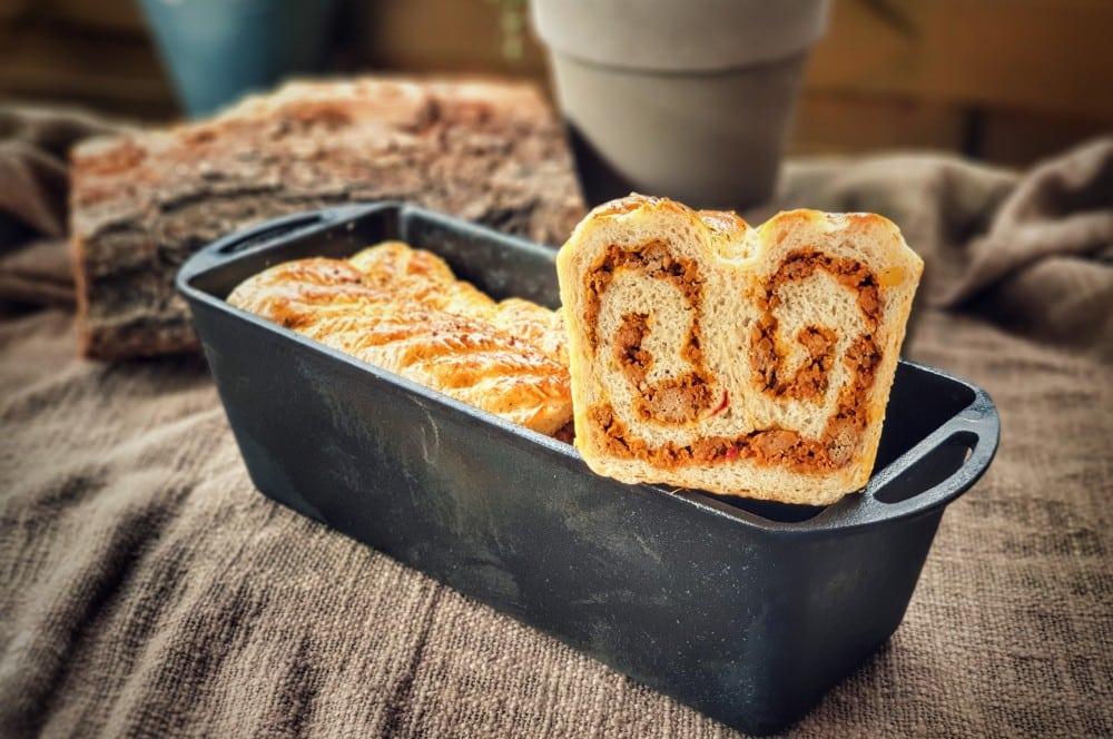 Das angeschnittene Picknickbrot aus der Petromax Kastenform k4 picknickbrot-Picknickbrot mit Hackfleisch 08-Picknickbrot mit Hackfleisch picknickbrot-Picknickbrot mit Hackfleisch 08-Picknickbrot mit Hackfleisch