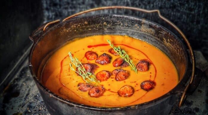 Kürbissuppe mit Chorizo