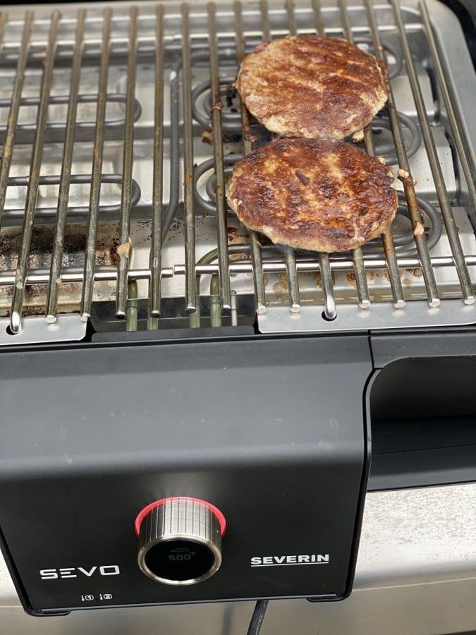 Bei 500°C sorgt der Severin SEVO GTS für ordentliche Röstaromen wildburger-Wildburger Kuerbis Bun 03-Wildburger im Kürbis-Bun