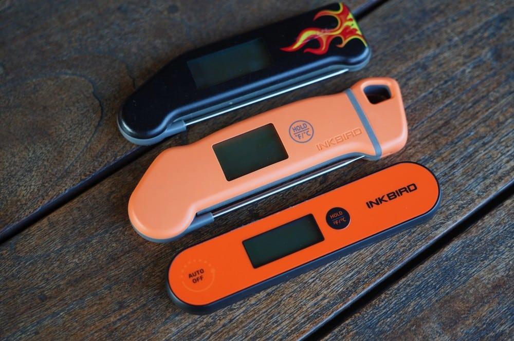 Thermapen, Inkbird IHT 1-S und Inkbird IHT 1-P (von oben) inkbird iht-1s-Inkbird IHT 1S Thermometer Test 05-Inkbird IHT-1S Einstichthermometer im Test