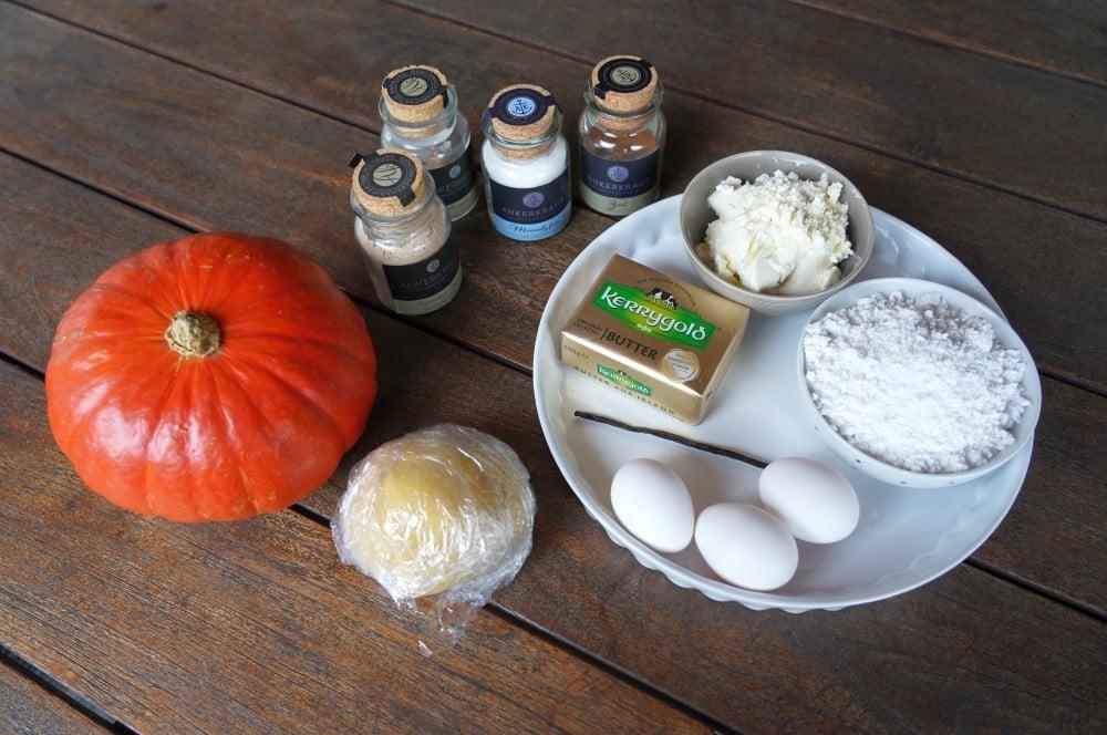 Alle Zutaten für den Pumpkin Pie auf einen Blick pumpkin pie-Pumpkin Pie Kuerbiskuchen 01-Pumpkin Pie – Rezept für amerikanischen Kürsbiskuchen