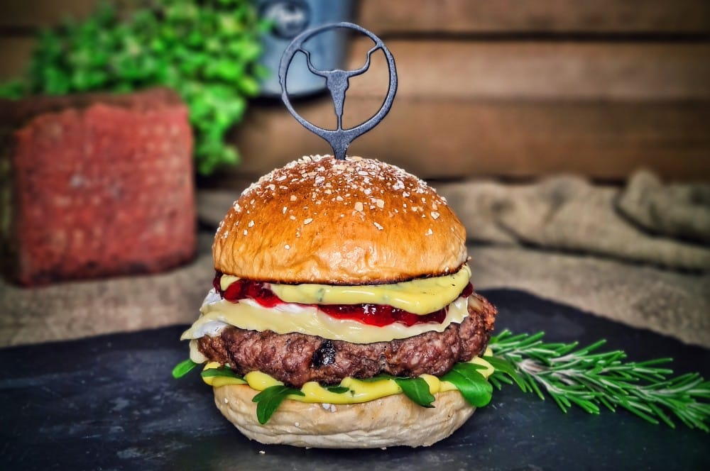 Camembert-Burger mit Preiselbeeren camembert-burger-Camembert Burger Preiselbeeren 06-Camembert-Burger mit Preiselbeeren