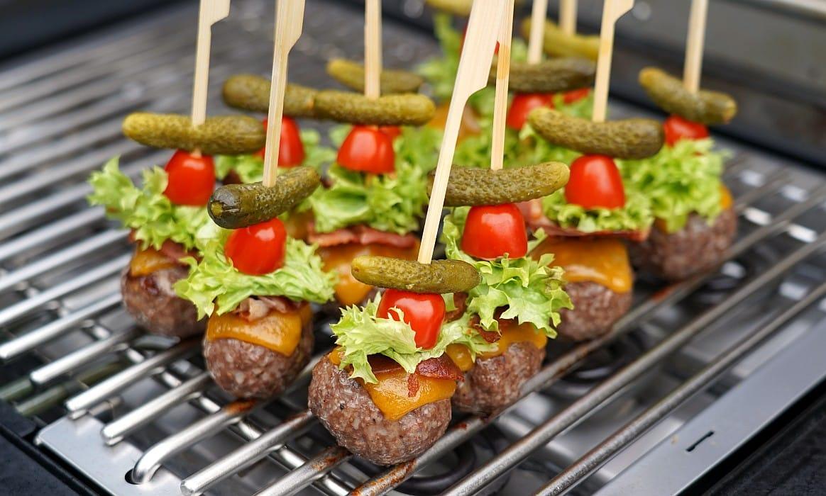 Cheeseburger am Stiel cheeseburger meatballs-Cheeseburger Meatballs-Cheeseburger Meatballs