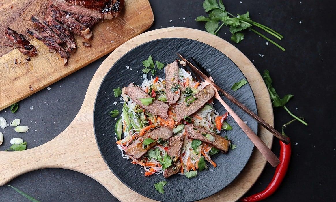 Asiatischer Rindfleischsalat asiatischer rindfleischsalat-Asiatischer Rindfleischsalat-Asiatischer Rindfleischsalat
