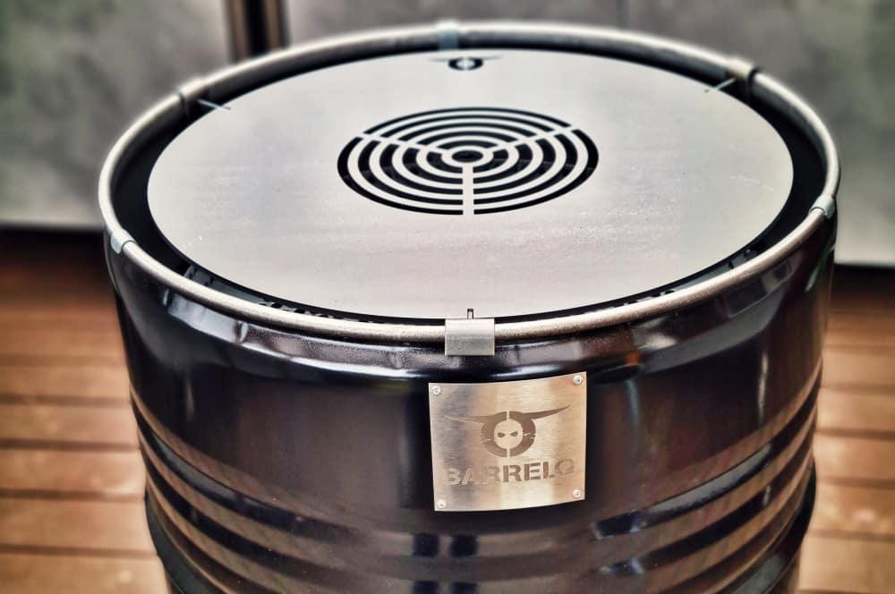 Die Teppanyaki-Grillplatte ist optional erhältlich barrelq big barbecue grillfass-BarrelQ Barbecue Grillfass Teppanyaki 07-BarrelQ Big Barbecue Grillfass mit Teppanyaki-Platte