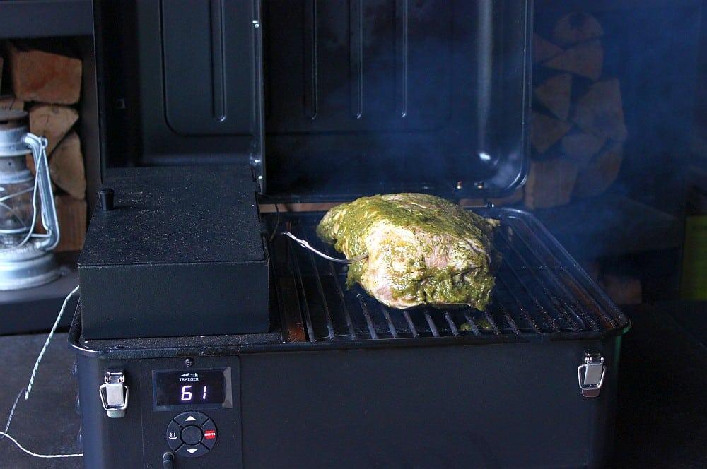 Das Jamaican Jerk Pork wird indirekt bei 140°C gegrillt jamaican jerk pork-Jamaican Jerk Pork 04-Jamaican Jerk Pork
