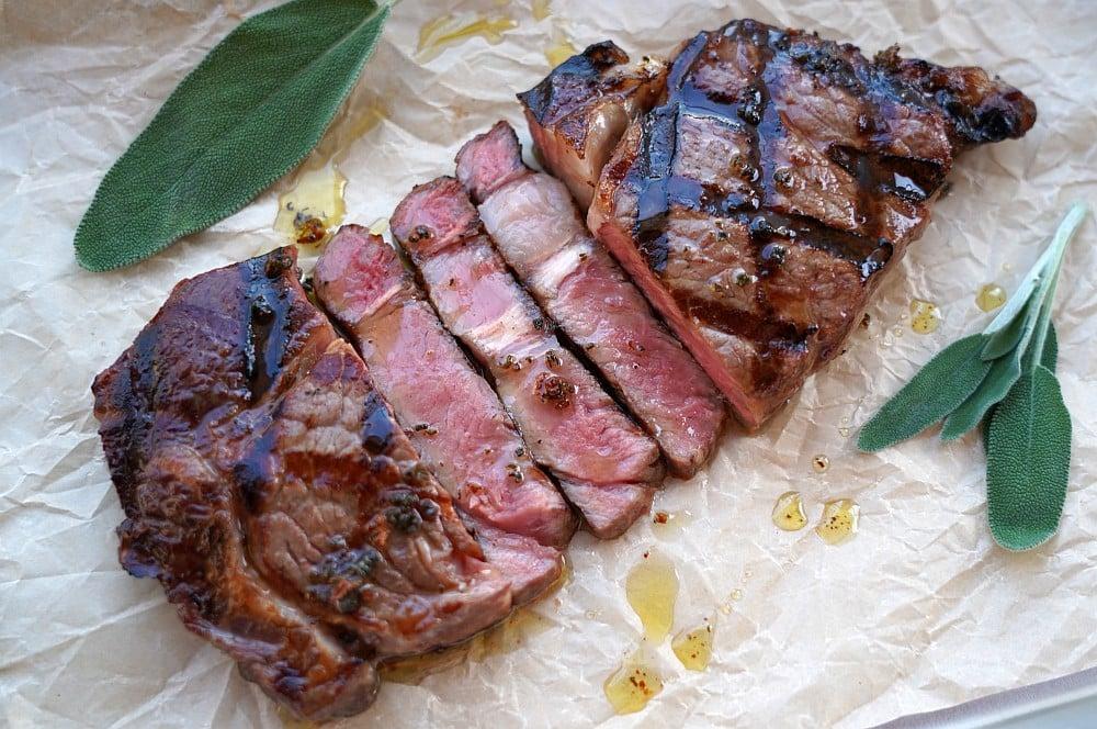 Greater Omaha RibEye Steak mit Salbeibutter greater omaha ribeye-steak-Greater Omaha RibEye Steak Salbei Butter 03-Greater Omaha RibEye-Steak mit Salbeibutter
