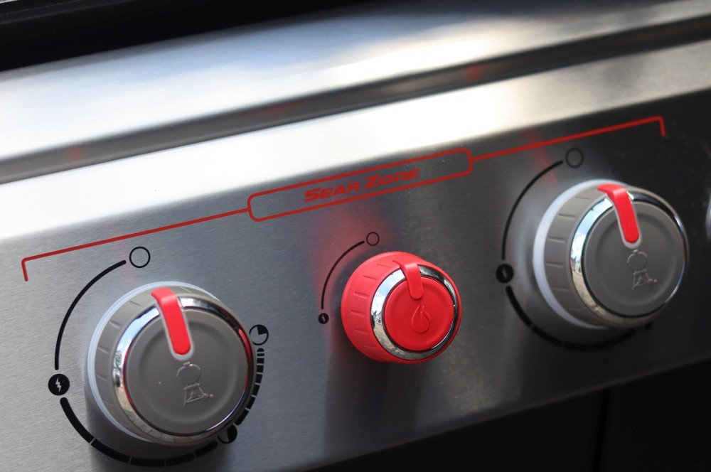 Die Sear Zone sorgt für zusätzliche Hitze weber genesis ii ex-335 gbs-Weber Genesis II EX 335 GBS Smart Grill 04-Weber Genesis II EX-335 GBS – Der smarte Gasgrill von Weber