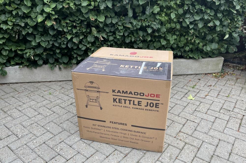 So wird der Kettle Joe geliefert kamado joe kettle joe-Kamado Joe Kettle Joe 01-Kamado Joe Kettle Joe im BBQPit-Test