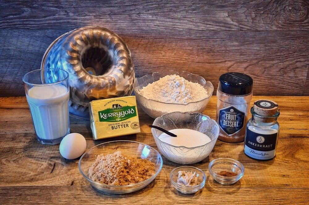 """Alle Zutaten für Monkey Bread auf einen Blick monkey bread-Monkey Bread Affenbrot Zupftbrot 01-Monkey Bread – Rezept für das süße """"Affenbrot"""""""
