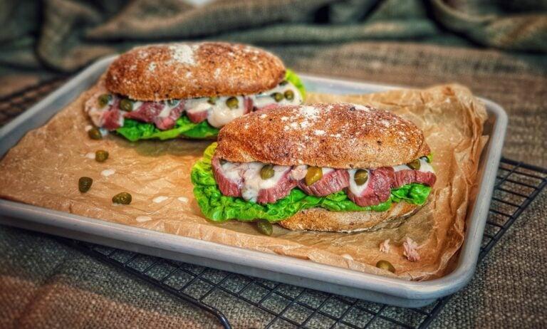 Vitello Tonnato Steak-Sandwich